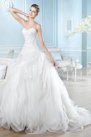 casar elegance wedding dresses on still white