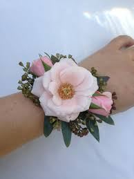 Corsage For Prom 2016 Corsage Trends For Prom Flowers By Alicia