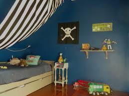 chambre garcon pirate chambre pirate garon lit pirate enfant lit enfant ans lit enfant
