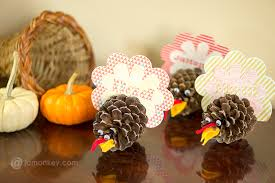 pine cone turkey thanksgiving place cards jamonkey