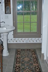 Colonial Style Windows Inspiration 165 Best Colonial Bathroom Images On Pinterest Bathroom Ideas