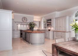 bespoke kitchen ideas best 25 bespoke kitchens ideas on tom howley kitchens