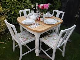 Antique Round Wood Chairs With Cushion Dining Room Vintage 5 Piece Of Dining Set With Creamy Chairs In
