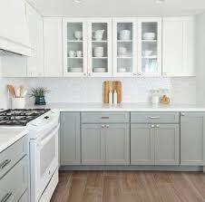 green lower white kitchen cabinets cinza e branca diy kitchen renovation kitchen renovation