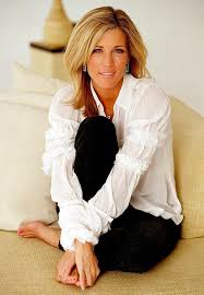 carly gh haircut laura wright carly corinthos jacks she fills that role well