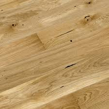 Packs Of Laminate Flooring Colours Chamili Oak Effect Wood Top Layer Flooring 1 37m Pack