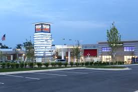 tanger outlets at national harbor outlet shopping mall