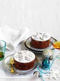 Fruit Decoration For Christmas Cake by 25 Best Fruit Cake Decorating Ideas On Pinterest Strawberry