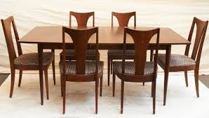 Walnut Dining Room Furniture Vintage Broyhill Saga Walnut Dining Table Six Chairs Mid Century