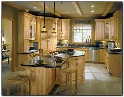 Colors For A Kitchen With Oak Cabinets Employing Light Color Theme In Kitchen Cabinets Design Kitchen