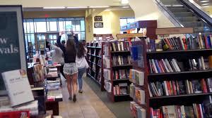 flashmob at barnes noble rit bookstore