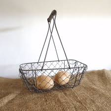 Shabby Chic Wire Baskets by 131 Best Wire Baskets Images On Pinterest Wire Baskets