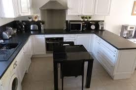 cuisine blanche et noir incroyable cuisine blanc et noir 5 cuisine blanc noir renovation