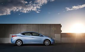 2012 hyundai elantra gls price 2012 hyundai elantra overview cars com