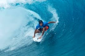 when should surfers wear helmets