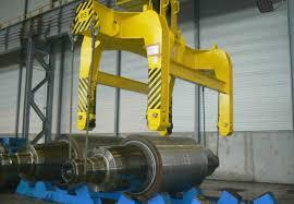 roll transport tongs mill transport lifter below the hook