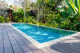 how to maintain your pool level in super climate