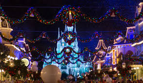 how to christmas at disney traveling mom