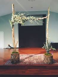 Wedding Arches How To Make Curly Willow Wedding Arch Easy Setup Arch Tall Vases And Weddings