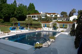 Movie Stars Homes by Scenic Celebrity Houses In La With Swimming Pool Design Feats