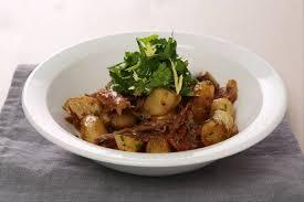 cuisiner des topinambours a la poele recette de fricassée de canard confit et topinambours au persil