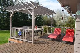 Deck With Pergola by Traditional Deck With Trellis In Salem Or Zillow Digs Zillow