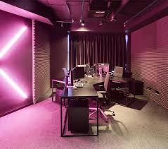 dazzling magenta wall color for modern office interior what are