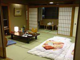 Japanese Home Decor Tatami Room Deck And Garden Space In A - Typical japanese bedroom
