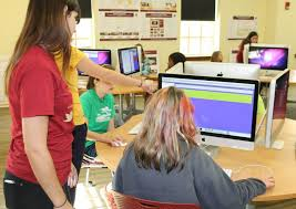 Cci Help Desk Cci Hosts Girls U0027 Technology Camp And Workshops As Part Of
