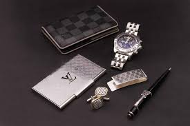 10 valentine u0027s day gifts for him coutureusa luxury style