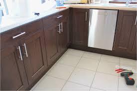 poignee porte cuisine pas cher poignee porte cuisine pas cher charmant poignee de meuble cuisine