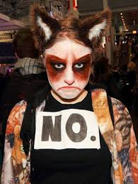 Internet Meme Costume Ideas - 17 diy meme halloween costumes no one else will think of gurl com