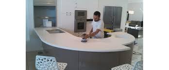 plan de travail arrondi cuisine plan de travail corian cuisine nimes cadre de vie