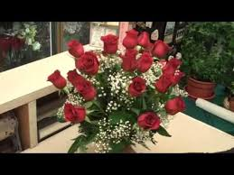 Red Flowers In A Vase 24 Red Roses Arranged In Glass Vase Youtube
