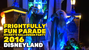 halloween party 2017 frightfully fun parade new full first performance at mickey u0027s