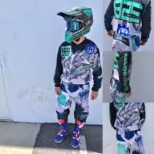 custom motocross helmet tagger designs