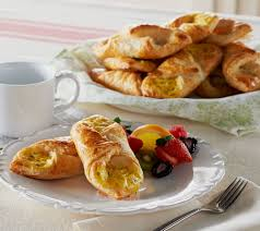 le coq cuisine lecoq cuisine set of 16 large breakfast croissants page 1 qvc com