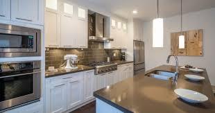 plane de travail cuisine 10 astuces pour nettoyer plan de travail cuisine az