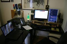 rehausseur ordinateur bureau quelques idées pour améliorer le confort devant écran d ordinateur