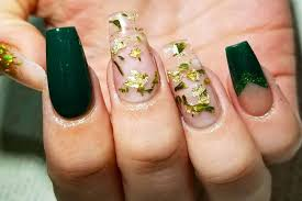 weed nails and marijuana manicures are officially a thing allure