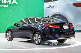 cars kia kia u0027s future in hybrids and evs automobile