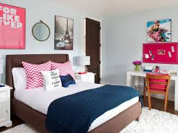 Gray Bedroom Ideas For Teens Bedroom Ideas For Teens Along With Gray Floral Pattern Quilt
