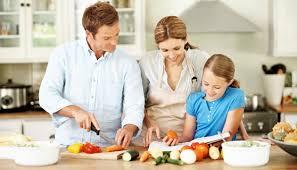 cuisiner avec ses enfants le plaisir de cuisiner en famille recettes chefs bouffes