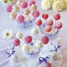 cake pops gör cake pops av krossade kakor godis cake pop