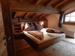 Schlafzimmer Im Chalet Stil Gastgeber Chalet Tamara