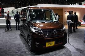 nissan highway star nissan dayz roox highway star front three quarter indian autos blog