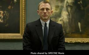 james bond film when is it out craig returns as 007 danny boyle to direct new bond film out in