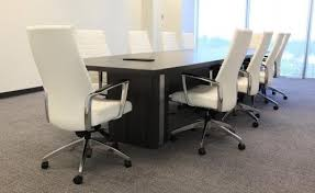 White Boardroom Table What To Consider When Selecting A Boardroom Or Conference Room