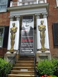 Decorative Arts Center Of Ohio Mewzings Edith Head Visits Lancaster Ohio