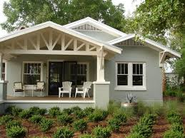 Small House Exterior Paint Schemes by Best 25 Craftsman Bungalow Exterior Ideas On Pinterest Bungalow